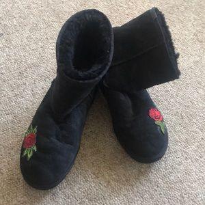 Black UGG boots size 9